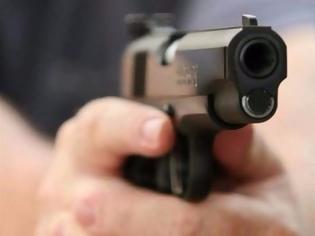 Φωτογραφία για Οικογένεια «πιστολέρο» πίσω από δυο περιστατικά με πυροβολισμούς