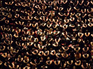 Φωτογραφία για Παράτησαν το κολέγιο και έβγαλαν $860 εκατ. σε λιγότερο από 2 χρόνια