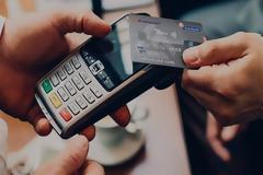 Έρχονται σαρωτικές αλλαγές στις πληρωμές με κάρτες