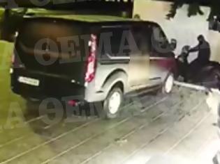 Φωτογραφία για Βίντεο-ντοκουμέντο: Η στιγμή της τρομακτικής έκρηξης σε κάβα στη Βουλιαγμένη