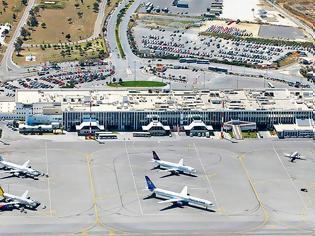 Φωτογραφία για Μείωση αφίξεων 5% στα νησιά δείχνουν οι αεροπορικές κρατήσεις