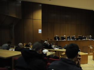 Φωτογραφία για Δίκη Χρυσής Αυγής: Ο Μίχος «δίνει» Λαγό» και αρνείται συμμετοχή στην επίθεση στο «Συνεργείο»