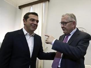 Φωτογραφία για Κλ. Ρέγκλινγκ σε Αλ. Τσίπρα: Η Ελλάδα πρέπει να τηρήσει τους στόχους των πλεονασμάτων
