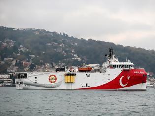 Φωτογραφία για ΕΚΤΑΚΤΟ – Μαζική μεταφορά τουρκικών δυνάμεων στην Κύπρο: Σε κλοιό πολεμικών πλοίων, υποβρυχίων & UAV το νησί – Στέλνουν τέταρτο γεωτρύπανο