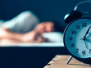 Φωτογραφία για Κοιμάστε λιγότερο από επτά ώρες: Διαβάστε πόσο κακό κάνετε στην υγεία σας