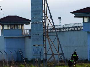 Φωτογραφία για Απέδρασαν Αλβανοί βαρυποινίτες από τις φυλακές Κασσάνδρας