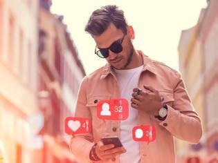 Φωτογραφία για Αυτά είναι τα 4 επαγγέλματα που μπορείτε να κάνετε μέσω του κινητού σας