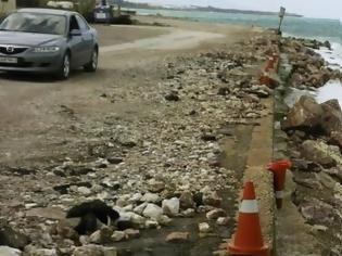 Φωτογραφία για Διάβρωση σε μεγάλη έκταση των ακτών στο Φαληράκι