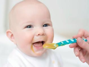 Φωτογραφία για ΠΟΥ: Υπερβολική ζάχαρη στις βρεφικές τροφές