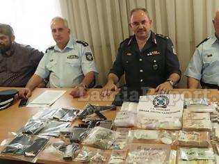 Φωτογραφία για Κινητό που είχε κατασχεθεί σε επιχείρηση ναρκωτικών, άρχισε να χτυπάει στην παρουσίαση της αστυνομίας