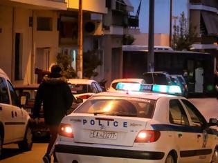 Φωτογραφία για Συμπλοκή με πυροβολισμούς στο κέντρο της Αθήνας