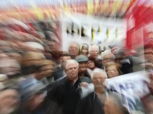 Φωτογραφία για Ανατροπή! Απόφαση - «βόμβα» Μητσοτάκη για τη 13η σύνταξη