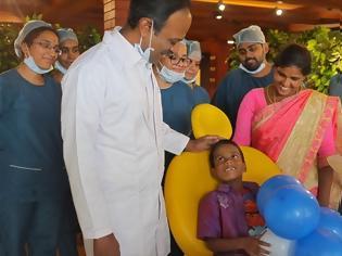 Φωτογραφία για Ινδία: Γιατροί έβγαλαν... 526 δόντια(!) από το στόμα 7χρονου