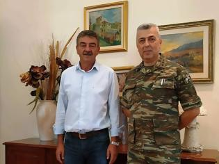 Φωτογραφία για Εθιμοτυπική επίσκεψη του νέου Διοικητή του Στρατοπέδου στον Δήμαρχο Γρεβενών