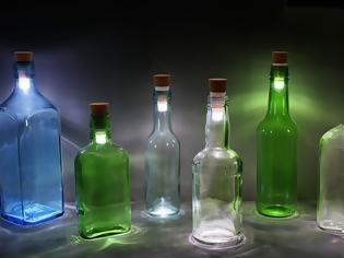 Φωτογραφία για ΚΑΤΑΣΚΕΥΕΣ - Πώς να μετατρέψετε παλαιότερα μπουκάλια σε μοντέρνα και πρωτότυπα πορτατίφ! Απίθανες ιδέες!
