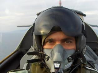 Φωτογραφία για Θρήνος στην ΠΑ: Η τελευταία «πτήση» για το Σμήναρχο Νεκτάριο Σαμαρά
