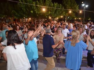 Φωτογραφία για Γεμάτη από κόσμο η Πλατεία ΜΑΧΑΙΡΑΣ -Τέτοιο ΓΛΕΝΤΙ δεν ξανάγινε!! | ΦΩΤΟ
