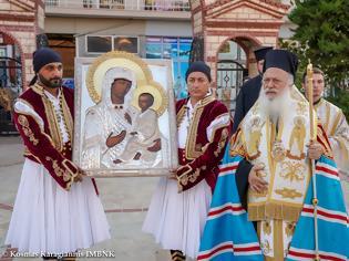 Φωτογραφία για Την Ιερά Εικόνα της «Παναγίας του Όρους των Ελαιών» υποδέχθηκε η Αλεξάνδρεια