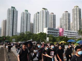 Φωτογραφία για Το Πεκίνο ζήτησε από το Λονδίνο να μην εμπλέκεται στις υποθέσεις του Χονγκ Κονγκ