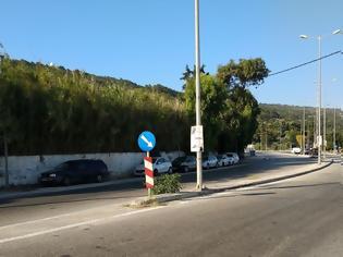 Φωτογραφία για Εκτεταμένη αφισορύπανση στους δρόμους της Ρόδου - φωτος