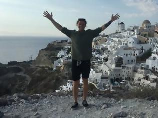 Φωτογραφία για Τουρίστας πέταξε στη θάλασσα δαχτυλίδι 5.000 δολαρίων γιατί χώρισε