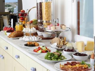 Φωτογραφία για Τι επιλέγουμε για πρωινό από τον μπουφέ του ξενοδοχείου;