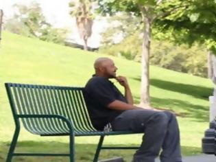 Φωτογραφία για Funny Video: Γυναικάρα σκύβει και… – Ξεπέρασε τα 3,5 εκ. views μέσα στο 2015