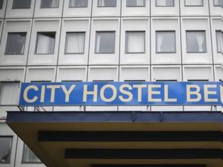 Φωτογραφία για Παγκόσμια αμηχανία για το ξενοδοχείο του Κιμ Γιονγκ Ουν στην καρδιά του Βερολίνου