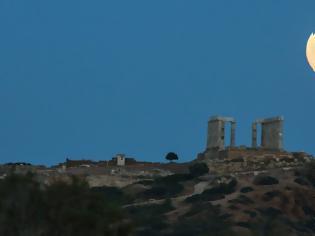 Φωτογραφία για Πανσέληνος τον Δεκαπενταύγουστο -Γιατί θα είναι μικρότερο το φεγγάρι από κάθε άλλη φορά
