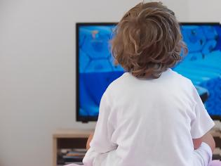 Φωτογραφία για Όσο αυξάνεται ο χρόνος μπροστά σε οθόνες, τόσο χειροτερεύει η συμπεριφορά των παιδιών