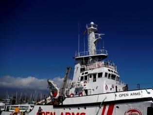 Φωτογραφία για Πλοίο με 147 μετανάστες αγνοεί τον Σαλβίνι και εισέρχεται στα ιταλικά χωρικά ύδατα