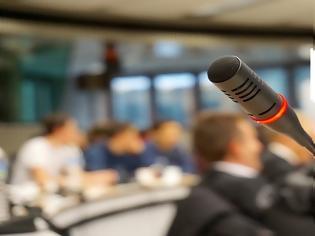 Φωτογραφία για Ανακαλείται η εγκύκλιος Ξανθού για τα ιατρικά συνέδρια με απόφαση Β.Κοντοζαμάνη! Τι αλλάζει