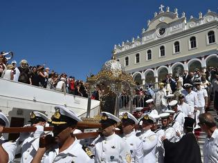 Φωτογραφία για Οι Ελληνες γιορτάζουν την Κοίμηση της Θεοτόκου
