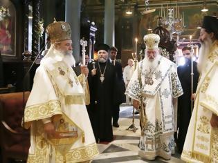 Φωτογραφία για Αρχιεπίσκοπος Ιερώνυμος από την Ύδρα: «Αυτός ο τόπος πήγε μπροστά όταν ήταν ενωμένος και αγαπημένος»