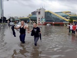 Φωτογραφία για Χάος στην Κωνσταντινούπολη από την έντονη βροχόπτωση