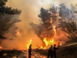 Φωτογραφία για Υπό μερικό έλεγχο η φωτιά στις Ερυθρές Αττικής