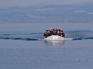 Φωτογραφία για Πάνω από 300 μετανάστες που προσπαθούσαν να φτάσουν στη Λέσβο συνέλαβαν οι τουρκικές αρχές