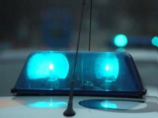 Φωτογραφία για 41χρονη οδηγούσε μεθυσμένη και... τα έβαλε με τους αστυνομικούς