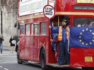 Φωτογραφία για «Επιχείρηση χάος»: Ελλείψεις σε καύσιμα, τρόφιμα, φάρμακα και κομφούζιο στα λιμάνια θα φέρει ένα άτακτο Brexit