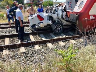 Φωτογραφία για Σύγκρουση τρένου με αυτοκίνητο στη Θεσσαλονίκη