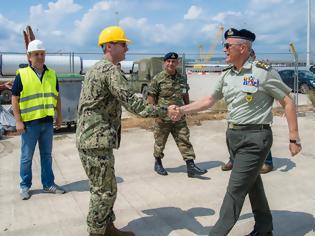 Φωτογραφία για Επίσκεψη Αρχηγού Γενικού Επιτελείου Στρατού στο Λιμάνι της Αλεξανδρούπολης