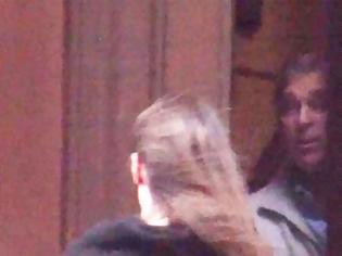 Φωτογραφία για Αναταράξεις στο παλάτι λόγω παλιού βίντεο που δείχνει τον πρίγκιπα Άντριου στο σπίτι του Έπσταϊν