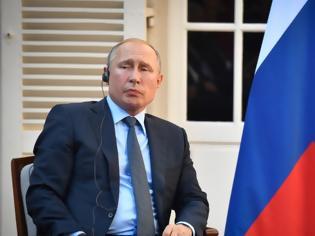 Φωτογραφία για Πούτιν: Κανείς κίνδυνος αύξησης της ραδιενέργειας από την έκρηξη στη βάση