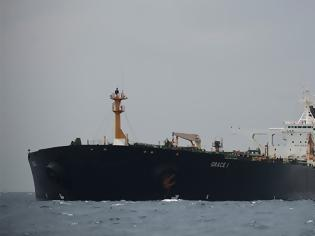 Φωτογραφία για Spiegel: Πρόβλημα για την Αθήνα το ιρανικό τάνκερ