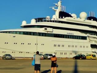 Φωτογραφία για Κέρκυρα πολυτελής θαλαμηγός 124 μέτρων της βασιλικής οικογένειας του Κατάρ