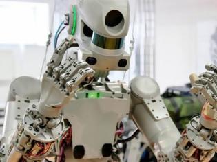 Φωτογραφία για Στον Διεθνή Διαστημικό Σταθμό το πρώτο ρωσικό ανθρωποειδές ρομπότ