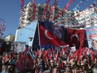 Φωτογραφία για Τουρκικό «χέρι» σε ελληνικά νησιά: «Σαμοθράκη και Ικαρία ανήκουν στην Τουρκία» – Στημένες ΜΚΟ «βλέπουν» μειονότητες σε Ρόδο και Κω