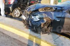 Μεθυσμένος οδηγός χτύπησε αυτοκίνητο στο Ίλιον και προσπάθησε να διαφύγει - Τέσσερις τραυματίες