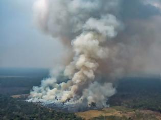 Φωτογραφία για Οι βροχές δεν θα σβήσουν τις φωτιές στον Αμαζόνιο, λένε οι ειδικοί