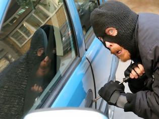 Φωτογραφία για SOS: Σπείρα σταματά και κλέβει οδηγούς…